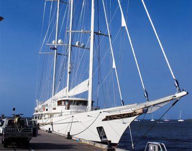 athena_yacht_1