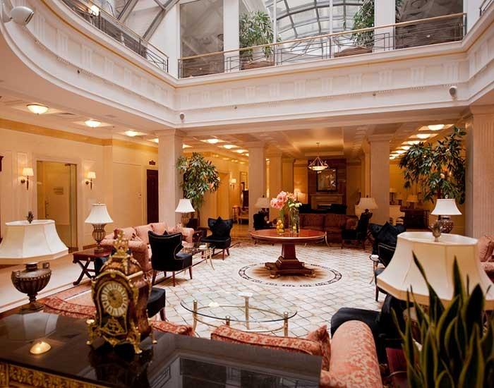 opera-hotel