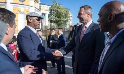 Кличко Льюис в Киеве